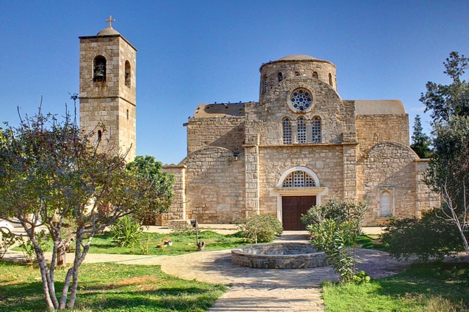 Tururi din Cipru